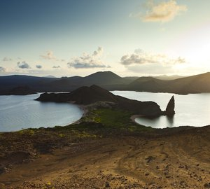 Intrepid Yacht Charter: Experience the Astonishing Galapagos aboard M/Y Integrity