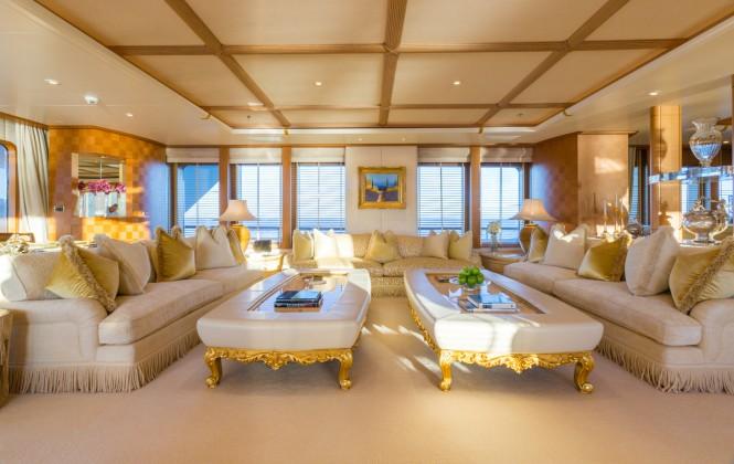 motor-yacht-callisto-salon