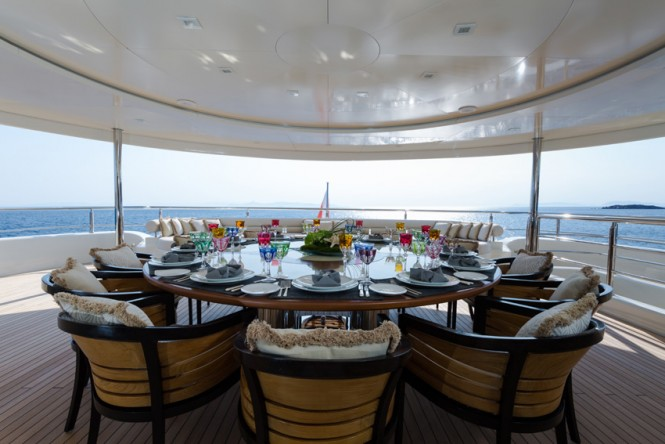 Super Yacht NATALINA A - Bridge deck dining