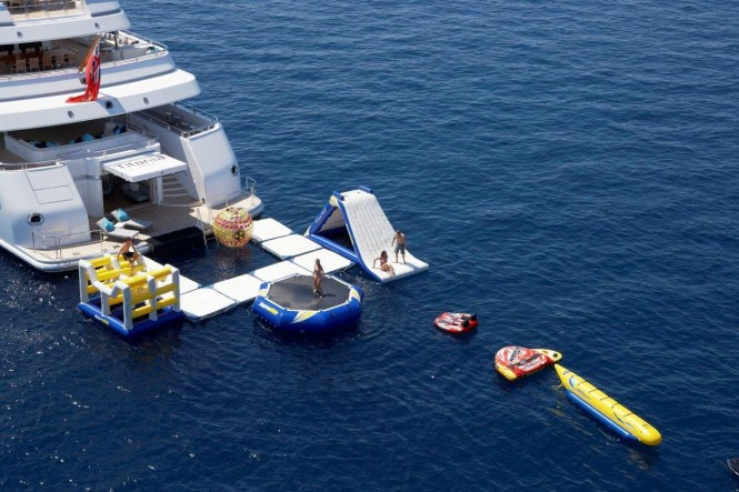 Superyacht TITANIA Water Toys