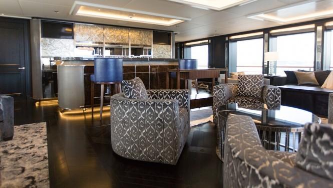 Motor yacht AQUILA - main saloon