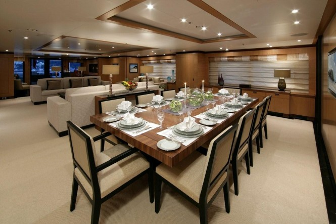 Andreas L Motor Yacht (ex Amnesia) - Dining