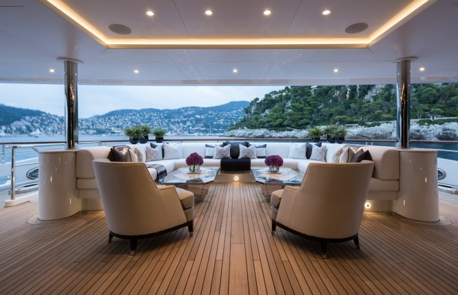 Luxury yacht 11.11 - Aft main deck seating. Photo credit Jeff Brown