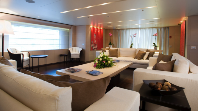 Luxury yacht BURKUT - Main salon