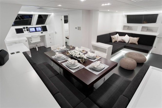 Main salon inside S/Y LEVANTE