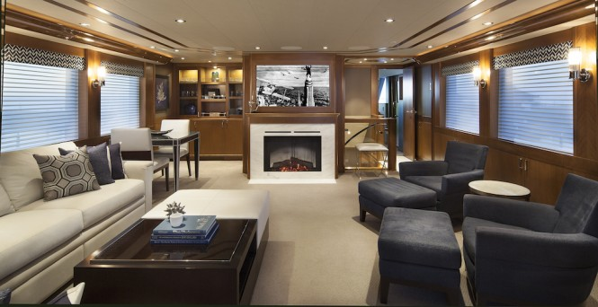 Luxury yacht FAR NIENTE - Skylounge