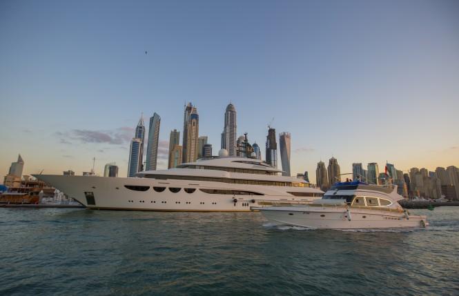 Quatroelle in Dubai by Ade Ownes
