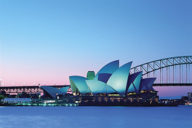 Sydney Opera House - Harbour Bridge - Photo courtesy of Tourism Australia - Photographer Jonathon Marks