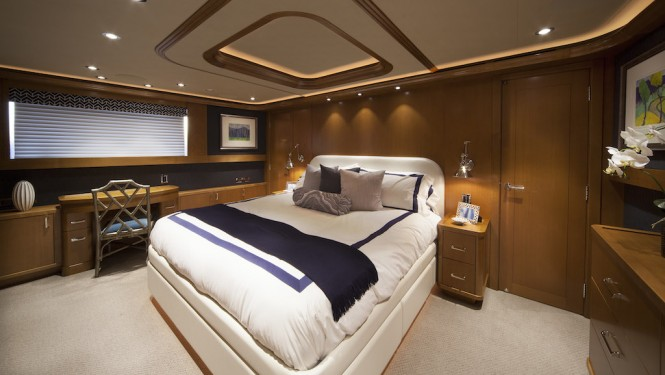 Luxury yacht FAR NIENTE - Master suite