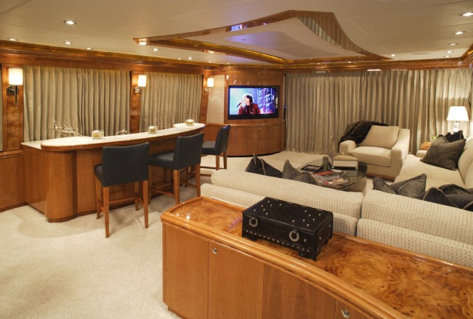 Luxury yacht LA DOLCE VITA - Main salon