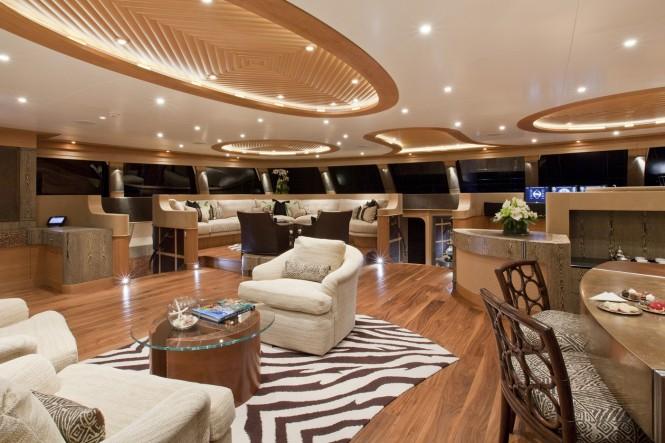 Luxury catamaran HEMISPHERE by Pendennis - Main salon. Photo credit: Jeff Brown / Pendennis Shipyard