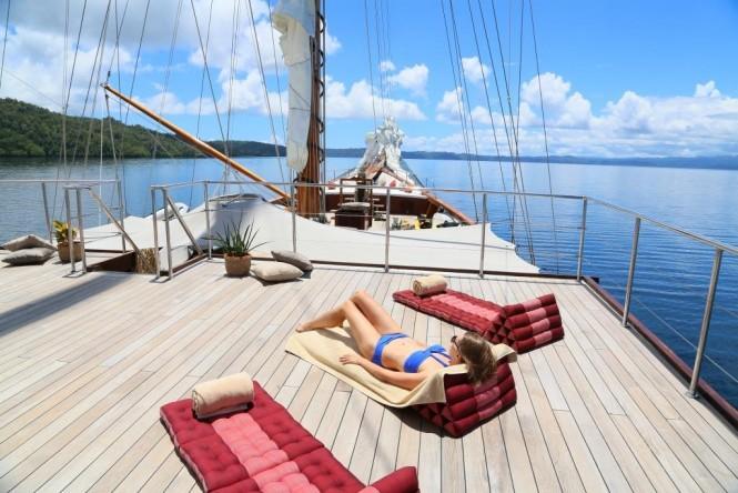 Luxury yacht LAMIMA - Sundeck