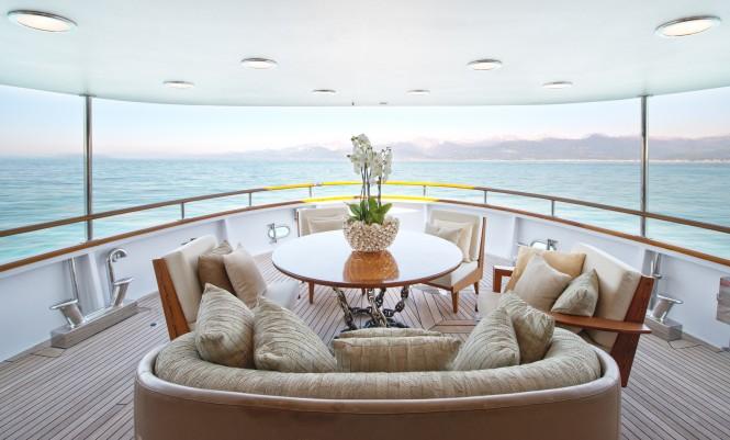 Luxury yacht SIRAHMY - Aft main deck