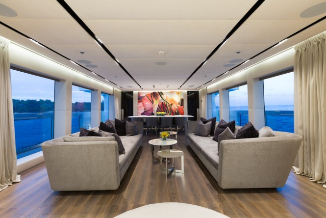 The main salon and dining area aboard M/Y OURANOS