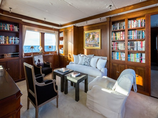 The Master suite aboard luxury yacht PIONEER has its own separate lounge