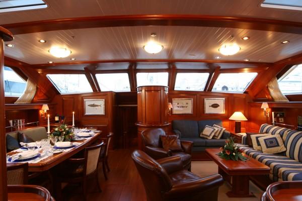 Main salon inside luxury yacht CAVALLO - Photo credit Baltic Yachts