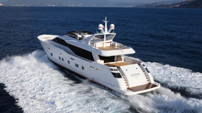 Motor Yacht AURORA aft view - built by Tecnomar
