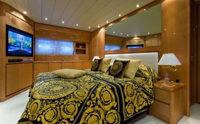 ROMACHRIS II - Master Cabin