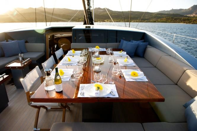 Sailing yacht SARISSA -  Al fresco Dining on Deck