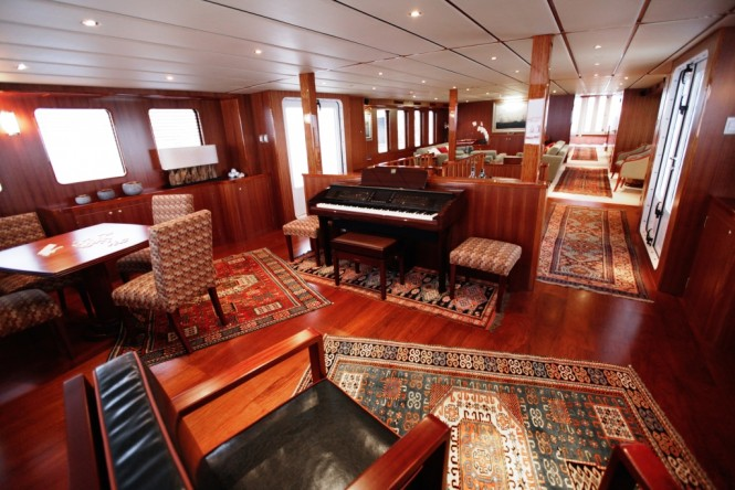 Superyacht NORTHERN SUN - Main salon to aft