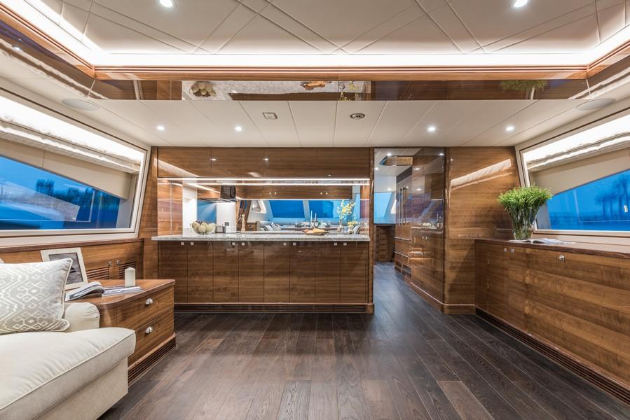 The Horizon Yacht E98 - Do It Now - Main deck