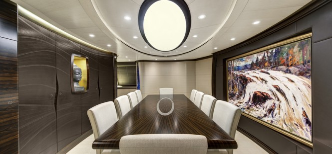Luxury yacht MONDANGO 3 - Dining Room Image by Chris Lewis