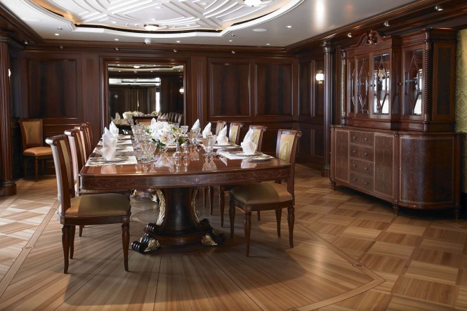 Luxury yacht ANNA formal dining room - Photo credit Feadship