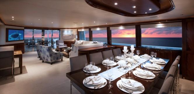 Luxury yacht KEMOSABE - Formal dining area and main salon