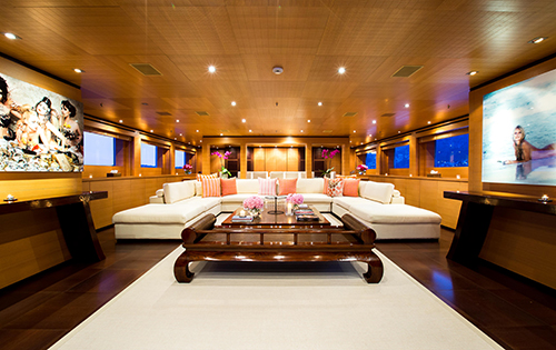 Luxury yacht MISCHIEF - Main salon