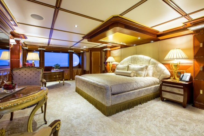 Luxury yacht SEANNA - Master suite