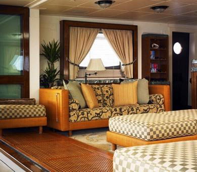 Luxury yacht TALITHA - Skylounge