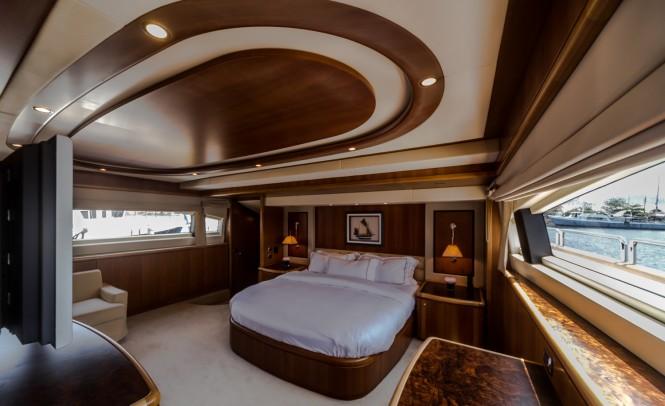 M/Y ANTONIA II - Master suite