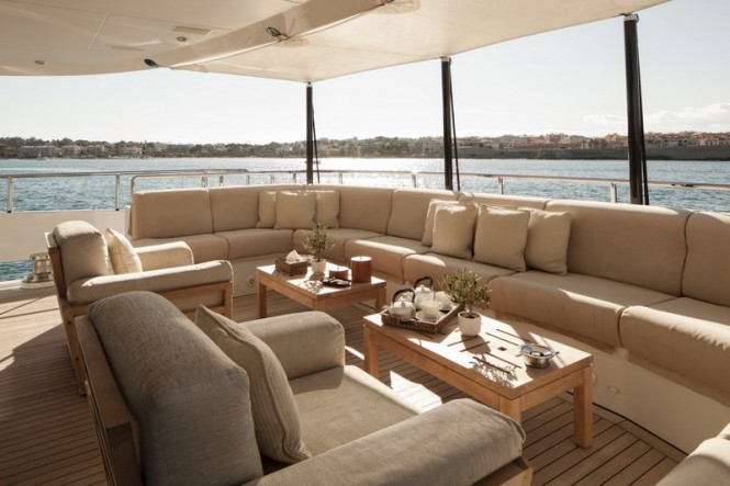 Main aft deck aboard luxury yacht G3