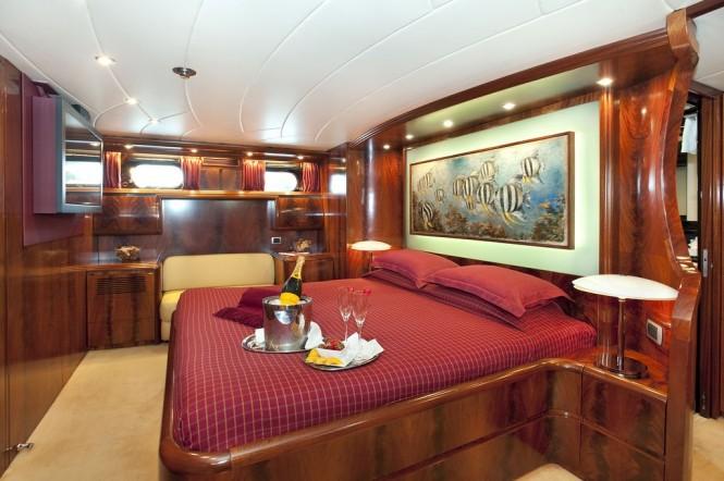 Master suite aboard M/Y CENTO