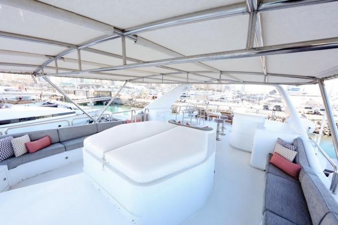 Motor yacht DXB - Sun deck