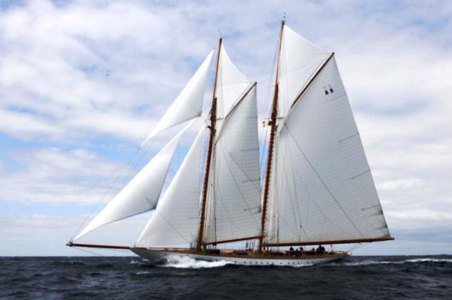 luxury yacht charter superyacht news. Black Bedroom Furniture Sets. Home Design Ideas