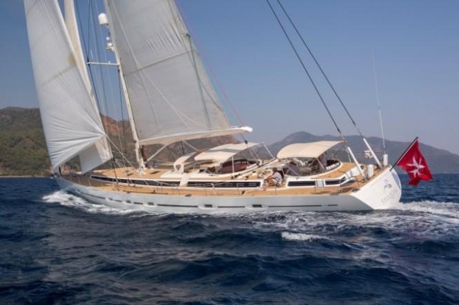 Sailing yacht SAVARONA - Main-