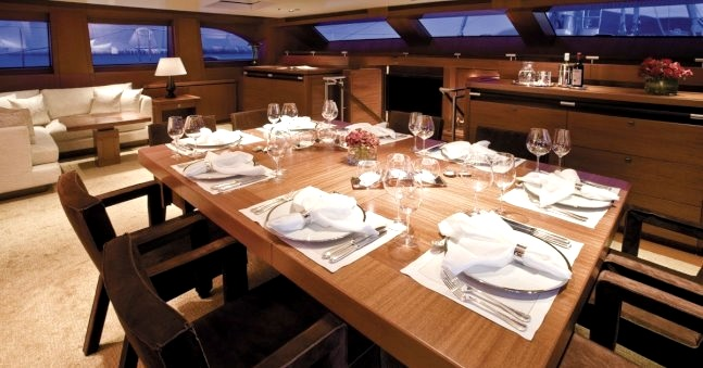 Superyacht ETHEREAL - Formal dining area