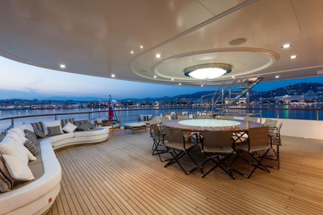 Superyacht PRIDE - Upper Deck Dining