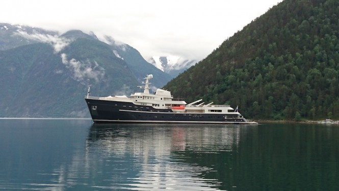Superyacht LEGEND (ex.GIANT). Photo credit: Diana Yacht Design