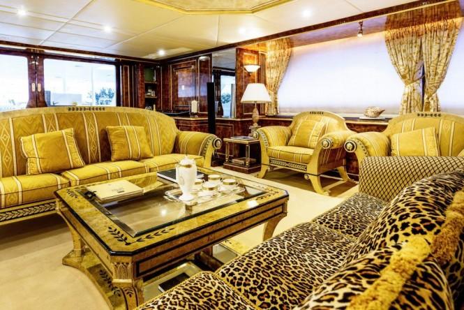 Luxury yacht MISTRESS - Main salon