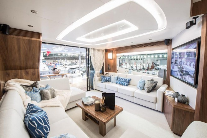 Luxury yacht MOWANA - Salon inside a Sunseeker 75 yacht. Photo credit: Sunseeker