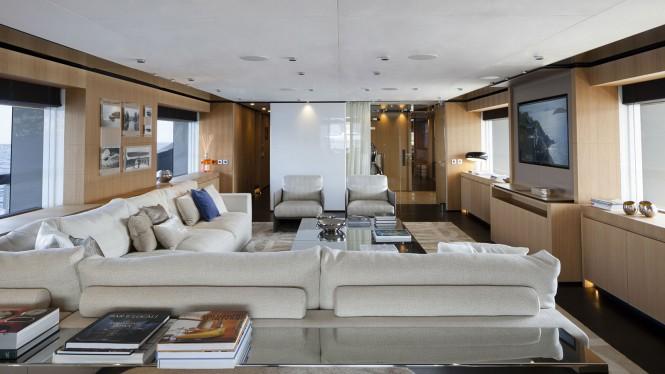 Luxury yacht MR. T - Main salon