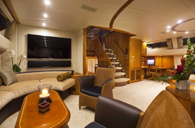Luxury yacht REE - Salon