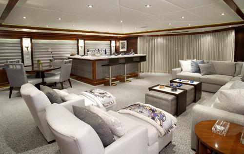 Luxury yacht ROCKSTAR - Skylounge