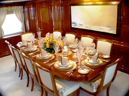 Luxury yacht WILD THYME - Formal dining room