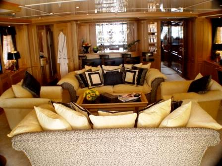 Luxury yacht WILD THYME - Skylounge