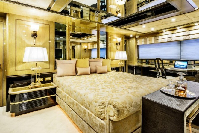 Motor yacht MISTRESS - Master suite