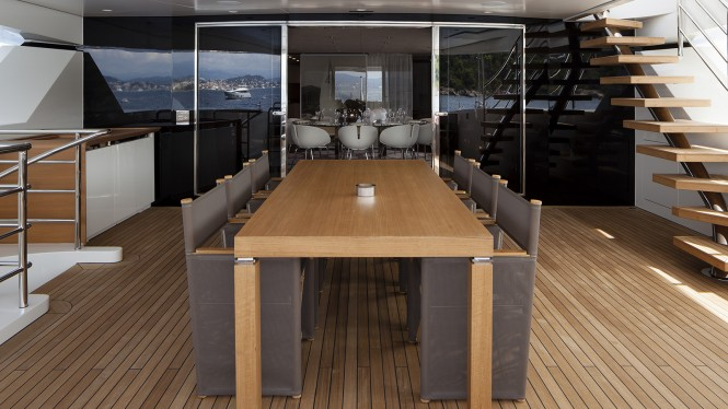 Motor yacht MR. T - Alfresco dining and formal dining