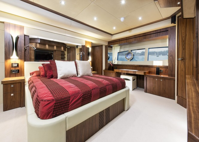 Open yacht TWENTY EIGHT - Master suite